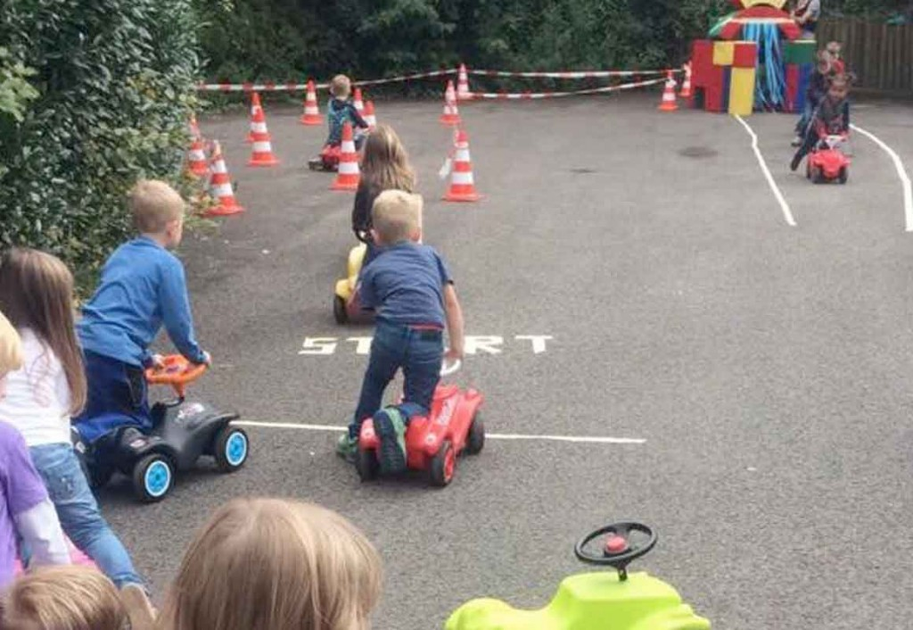 Kindergeburtstag Cars Parcours